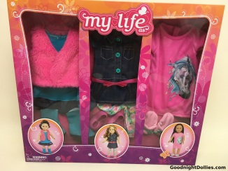 My Life As 3 Outfit Pack, front