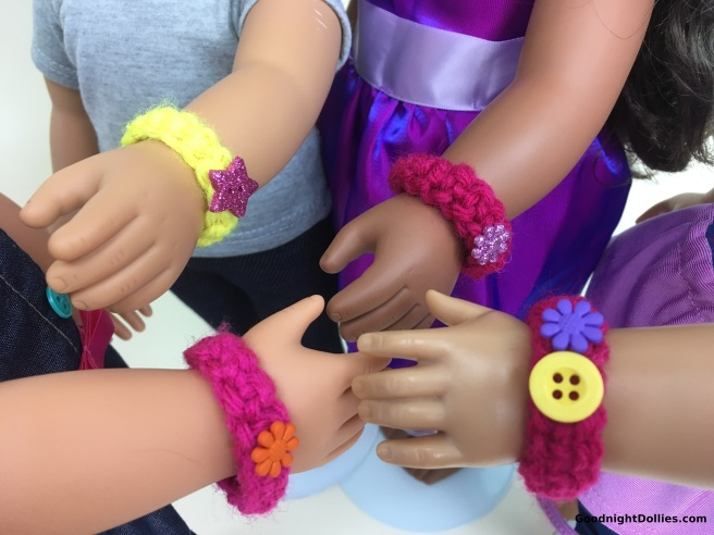 Doll Lover's Guide to Crochet 101 Lesson 3 - Bracelet 2