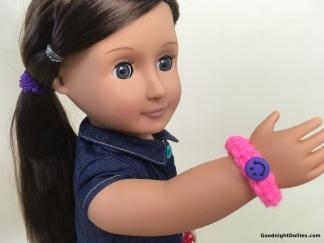 Doll Lover's Guide to Crochet 101 Lesson 3 - Bracelet 4